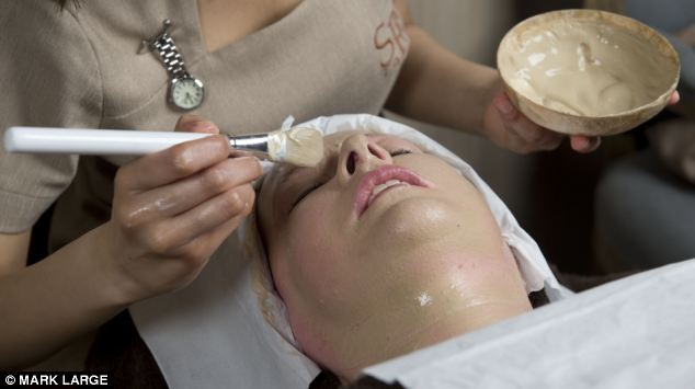 Photo of woman having a face mask with nightingale droppings